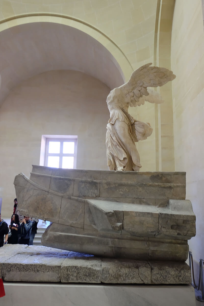best sculpture of the Louvre Nika Samothrace